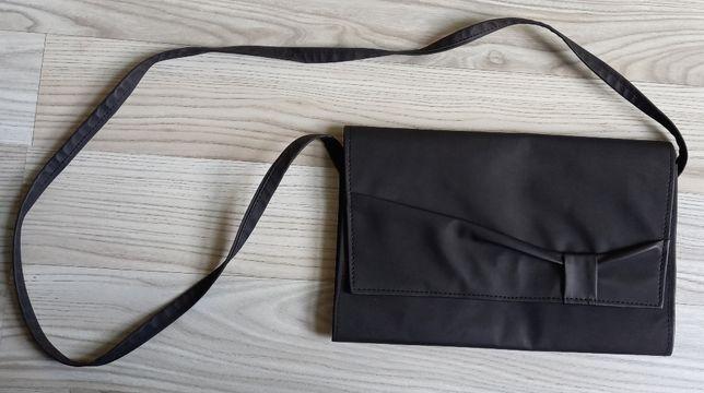 Czarna matowa torebka kopertowa kopertówka 19x28cm