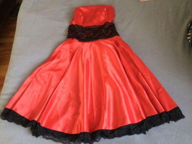 Sukienka - czerwona M