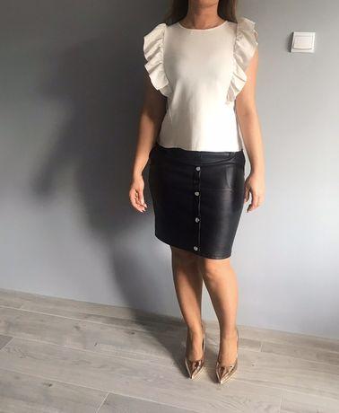 Bluzeczka biała falowanie rękawy lato śmietankowa elegancka s używana