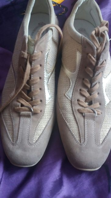 Жіночі кросівки 38р