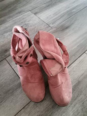 Botas de veludo rosa