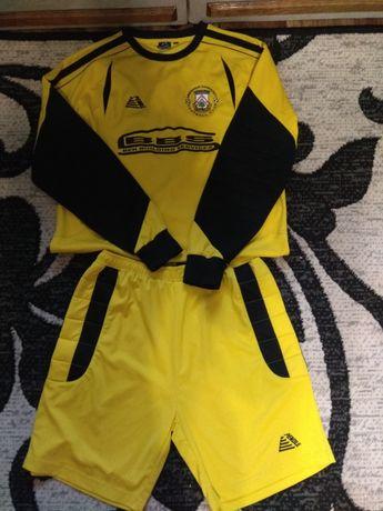 Продам футбольный костюм вратаря