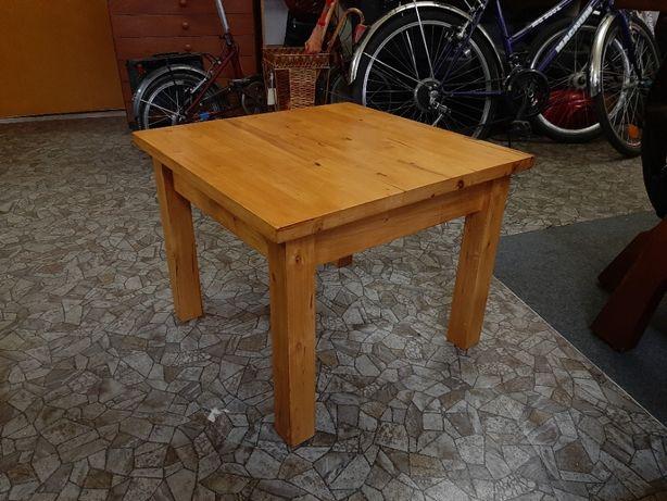 Mały kwadratowy stół - stolik - ława