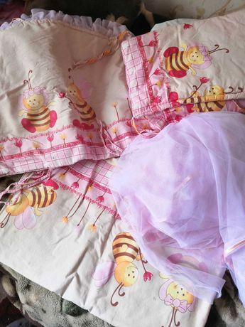 Продам защиту в кроватку и балдахин