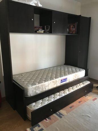 Móvel estúdio com duas camas de solteiro