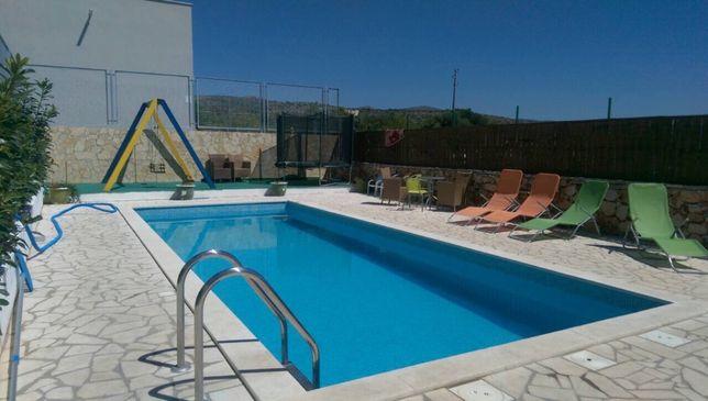 Dalmacija. Apartament dla 7 osob z basenem. Wolne od 5.08, 110€/noc