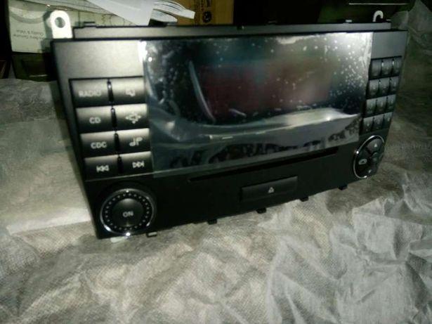 Rádio Áudio 20 Mercedes (w209)