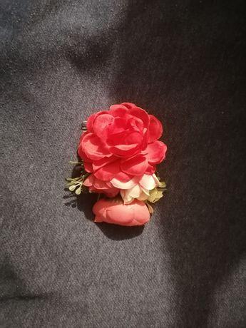 Ozdobą kwiat ślubna