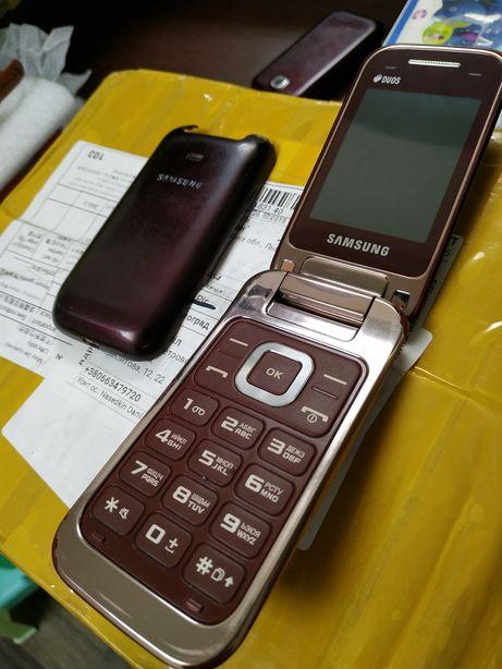 Продам б/у телефон раскладушка жабка складной телефон