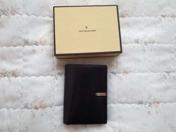 Portfel męski, czarny skóra licowa Vip Collection
