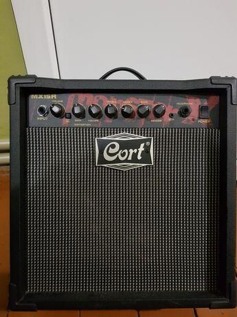 Продам комбік Cort MX15R