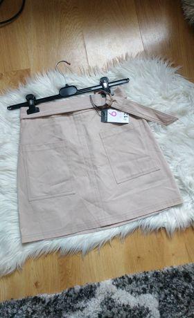 Nowa kremowa spódnica z paskiem kieszenie mini wysoki stan