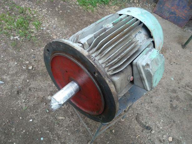 Электродвигатель 7,5 кВт 1450 об/мин тип ASI112 Фланец 220/380 В