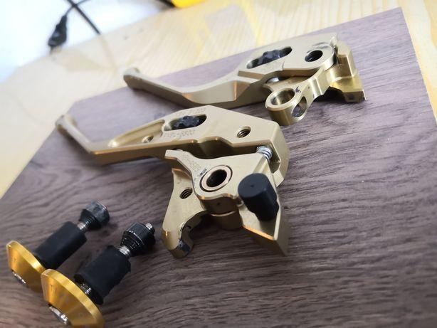 Złote klamki Suzuki Hayabusa