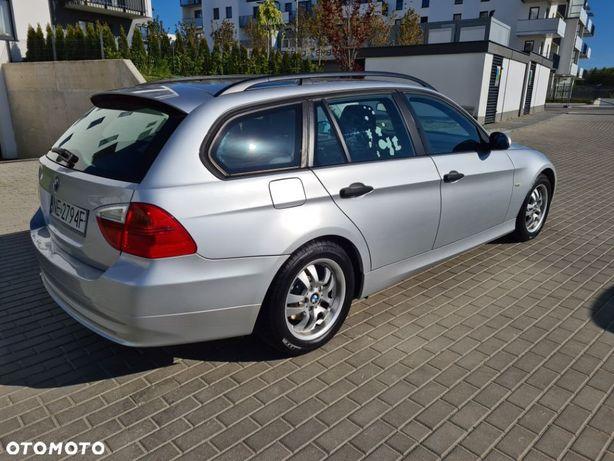 BMW Seria 3 BMW 320D 163KM Kombi Serwisowany , mały przebieg STAN IDEALNY !