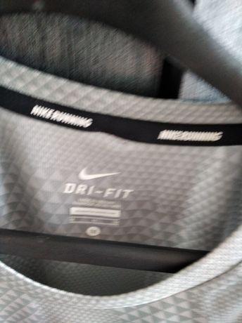 Nowa koszulka Nike Dry-Fit do biegania na 176
