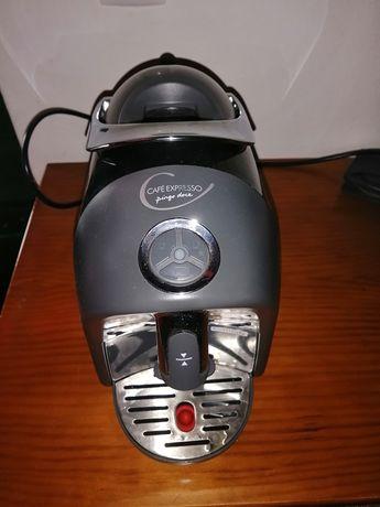 Máquina de café pingo doce