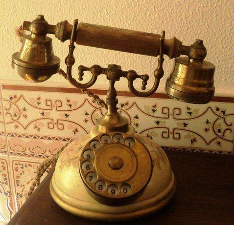 Telefone antigo – muito bonito