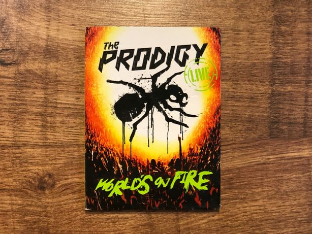 The Prodigy - World s On Fire (CD+DVD)