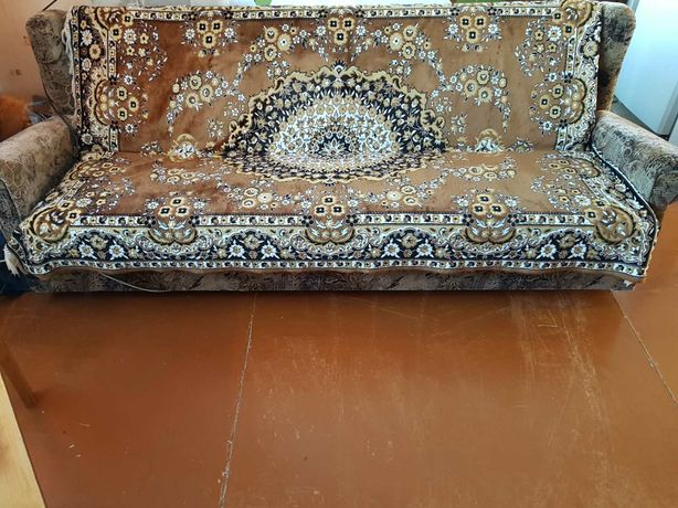 Мягкий уголок диван и два кресла