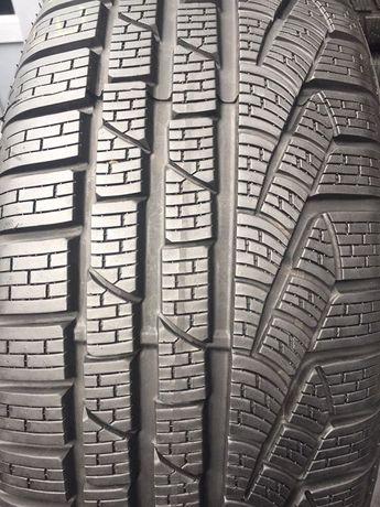 Автошини б/у зимові 225/50 R17 Pirelli Sottozero (runflat) 2шт