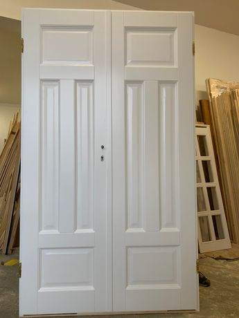 Drzwi Dwuskrzydłowe do kamienicy zabytkowy model BIAŁE