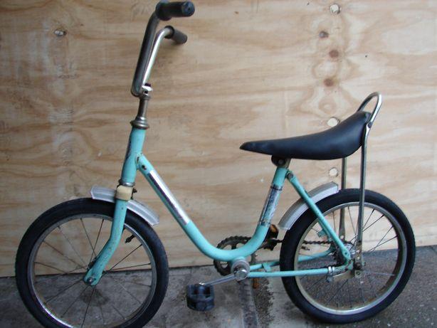 Stary rowerek dziecięcy PRL