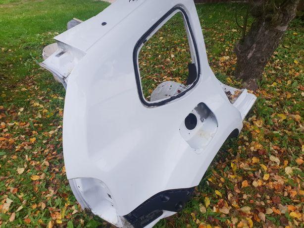 Dacia Duster błotnik ćwiartka