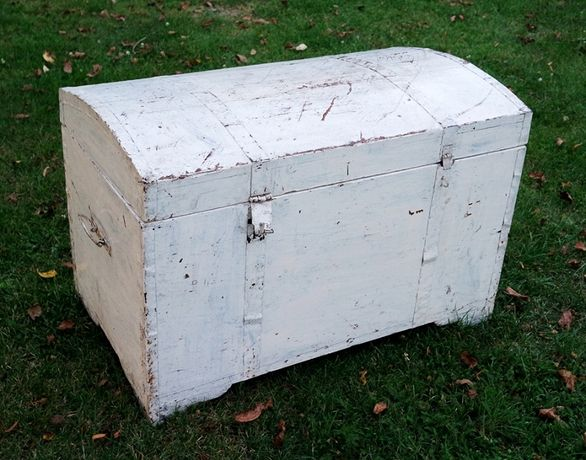 Stary kufer skrzynia przedwojenny posagowa