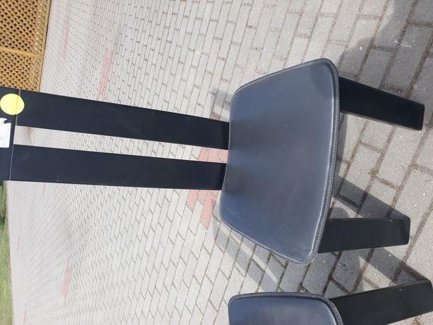 2 stylowe krzesła
