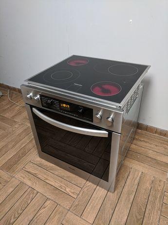 Духовой шкаф з поверхностю Miele сенсорна духовка поверхнею