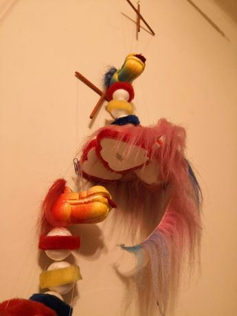 Smok kolorowa marionetka za czekoladę
