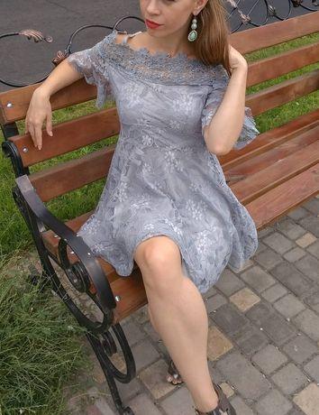 Красивое, нарядное, лёгкое, воздушное женское платье
