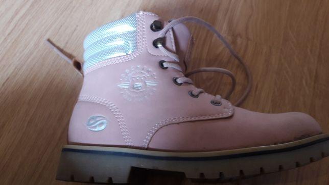 dockers rozowe buty zimowe