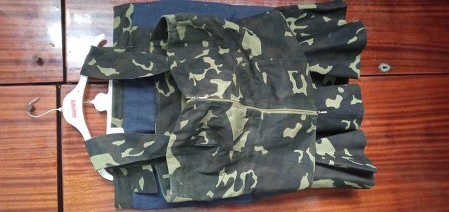 Продам комплект юбка  и  корсет