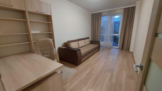 в.Чорновола, продаж квартири у новобудові з євроремонтом та меблями