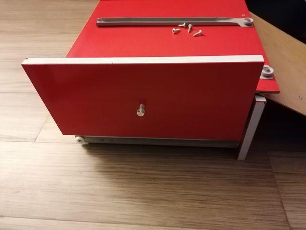 4 gavetas lacadas a vermelho