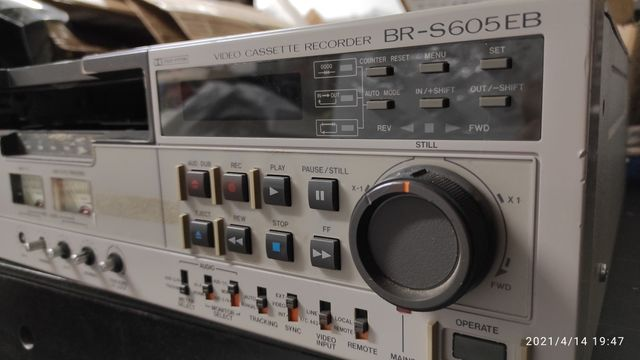 JVC BR-S605EB magnetowid SVHS