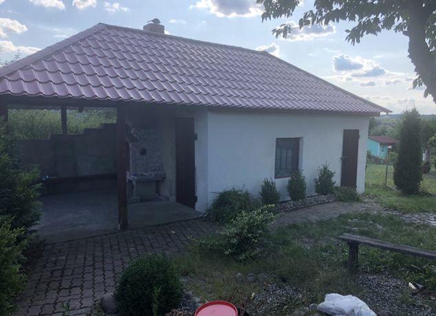 Altana z czterospadowym dachem Gril-Wedzarnia .