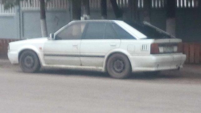 Nissan bluebird 2.0i