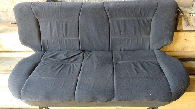 Сидіння заднє, диван