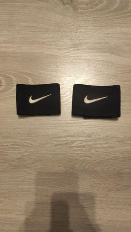 Opaski pod getry Nike