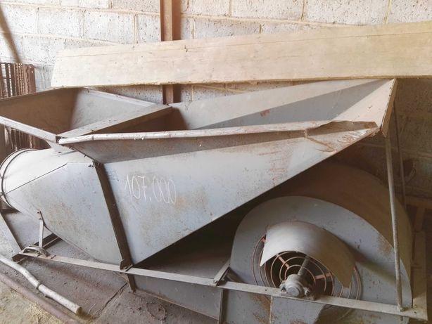 Dmuchawa do siana, zboża (silnik 11KW, okablowanie, rury, kolana)