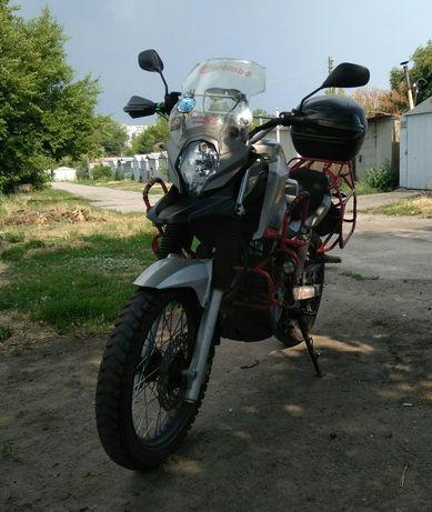 Продам мотоцикл shineray elcrosso 400.