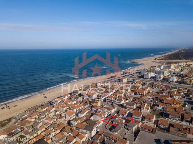 Moradia T2 + 2 / 50 mts do areal da Praia / Boa rentabilidade / Praia