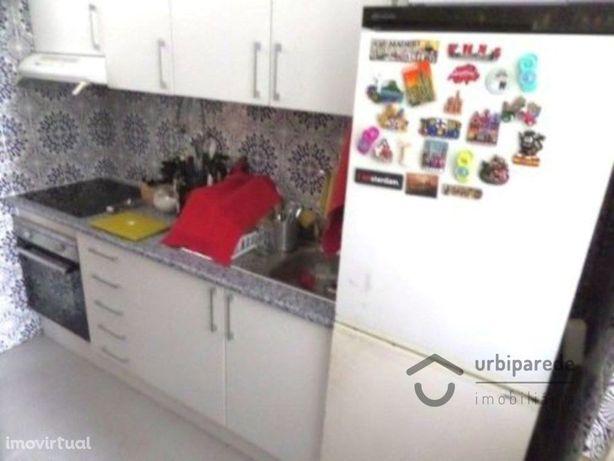 Apartamento T1 Quinta das Palmeiras em Oeiras, junto ao c...