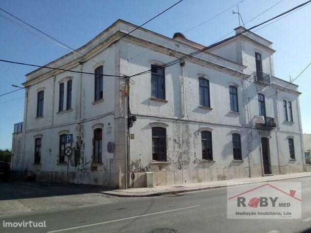 Casa Senhorial para restauro