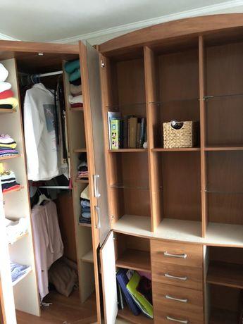 Шкаф в комплекте