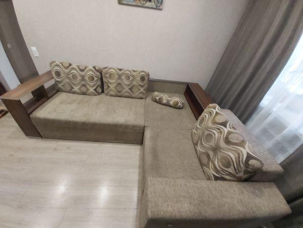 Продам  угловой  диван фирмы BLEST б/у в хорошем состоянии