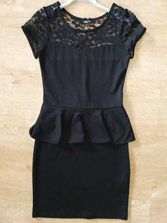 House r. S/M 36/38 sukienka czarna koronka baskinka super stan